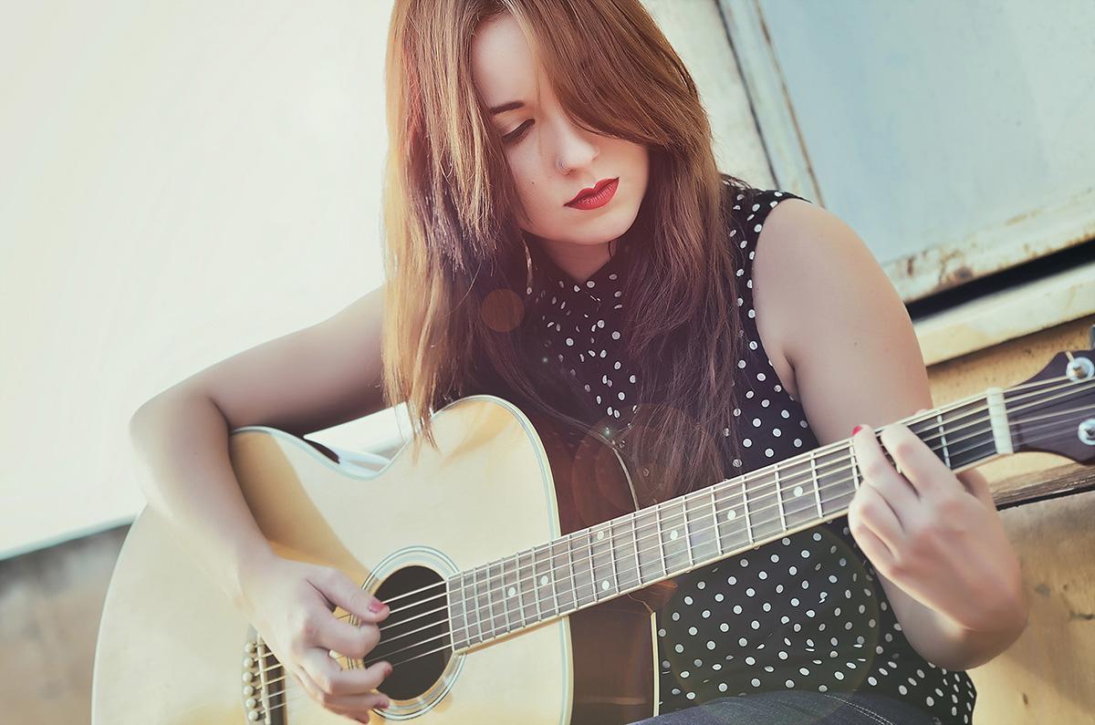 devushka-gitara-muzyka-4207-1